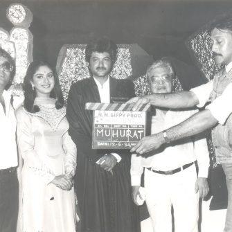 Mahurat of Meri Jung, featuring Subhash Ghai, Meenakshi Seshadri, Anil Kapoor, N.N. Sippy and Jackie Shroff